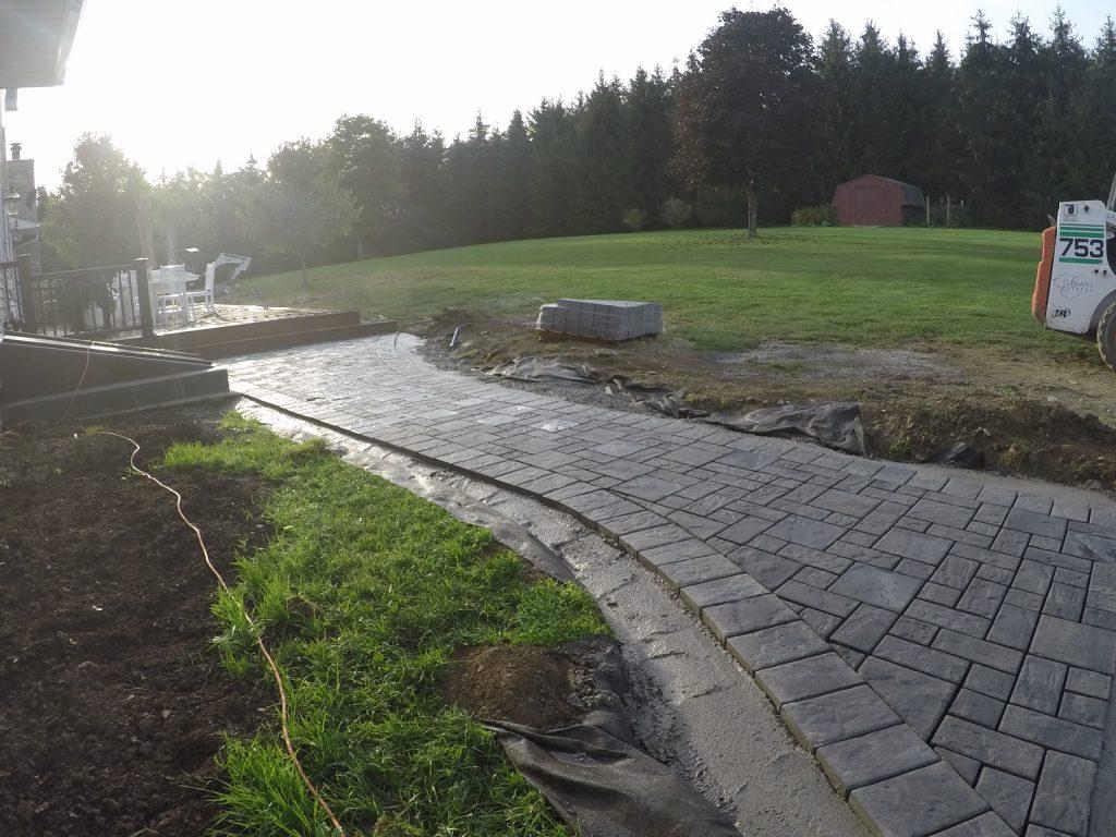 Poured Concrete Edge restraint